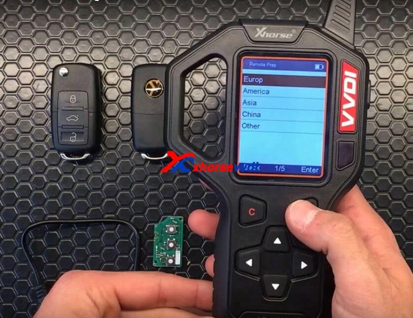 vvdi-key-tool-generate-vw-remote-key-chip-steps-4