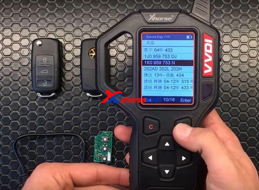 vvdi-key-tool-generate-vw-remote-key-chip-steps-6