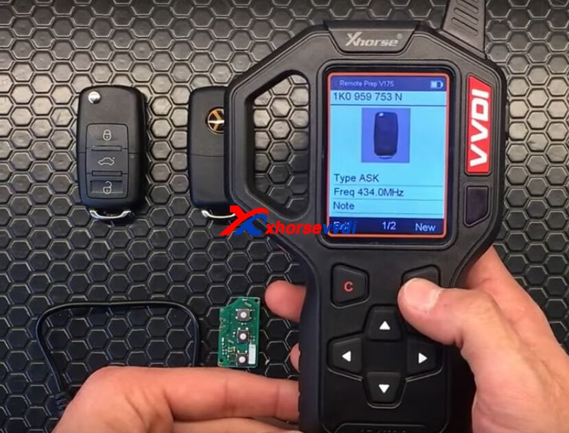 vvdi-key-tool-generate-vw-remote-key-chip-steps-7