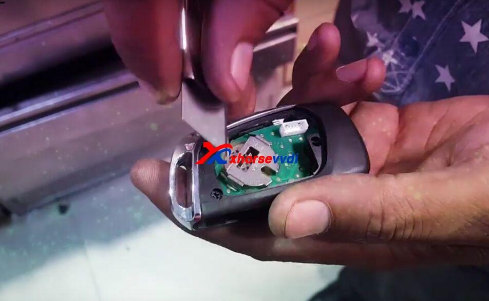 vvdi-key-tool-generate-mahindra-bolero-remote-key-chip-4