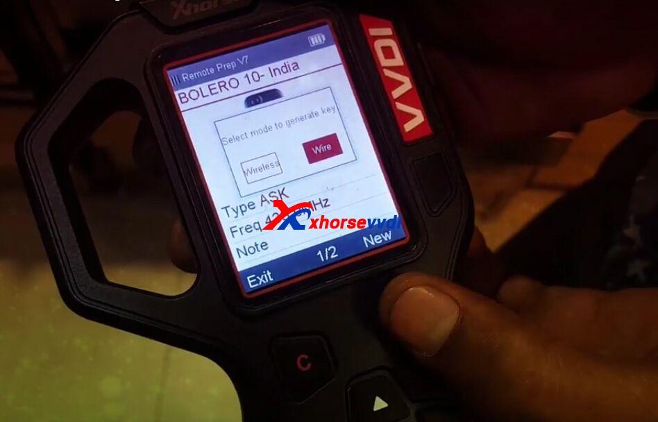 vvdi-key-tool-generate-mahindra-bolero-remote-key-chip-6