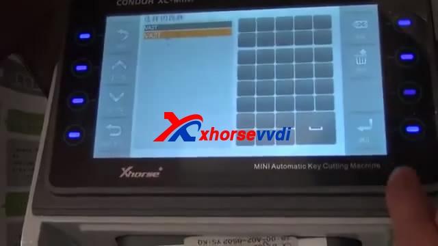 MINI-CONDOR00_02_2320151006-095553-8-3