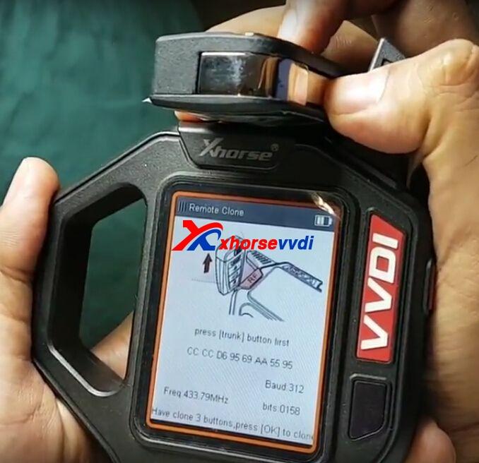 vvdi-key-tool-clone-mahindra-xuv500-remote-key-3