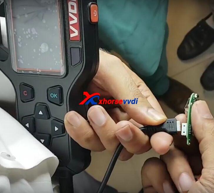 vvdi-key-tool-clone-mahindra-xuv500-remote-key-5