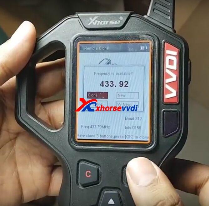vvdi-key-tool-clone-mahindra-xuv500-remote-key-6