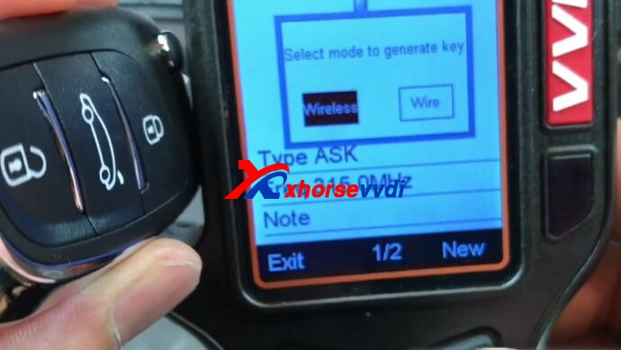 vvdi-key-tool-generate-bmw-ews-remote-key-7