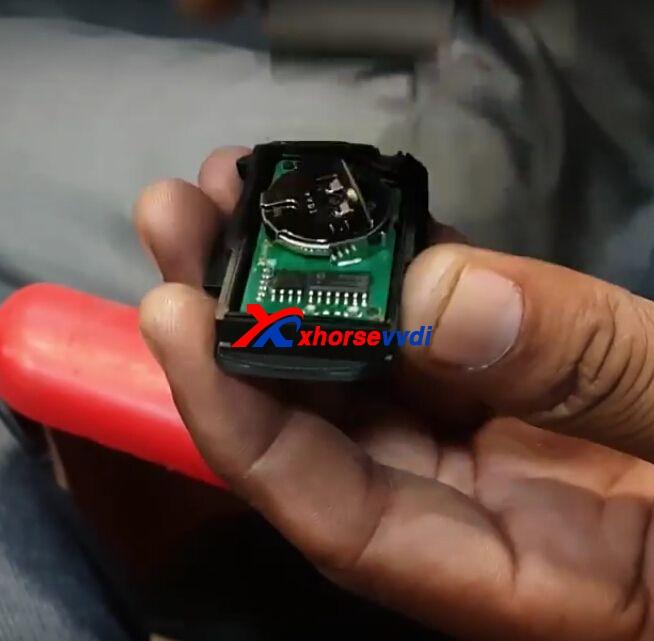 vvdi-key-tool-copy-mahindra-scorpio-remote-key-review-7