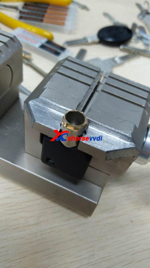 condor-xc-002-clamp-option-10-576x1024