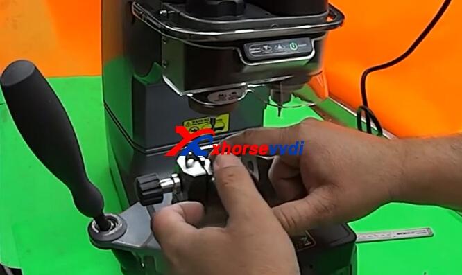condor-xc-002-cut-key-1