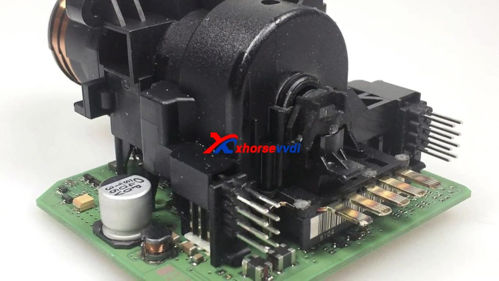 w209-st12-read-with-vvdi-prog-adapters-xhorse-03-1024x577