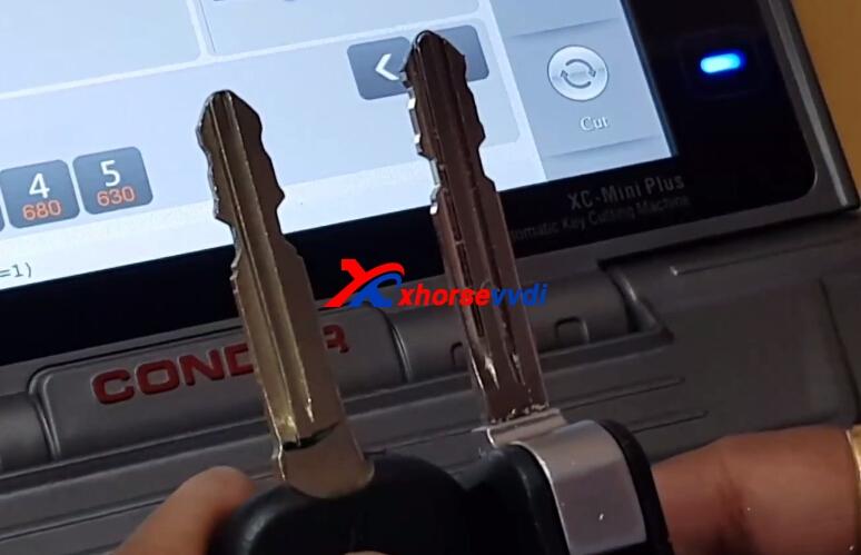 how-to-use-condor-xc-mini-plus-cut-hyundai-ix35-key-15
