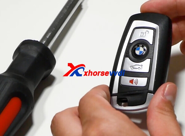 how-to-change-bmw-remote-key-battery-1