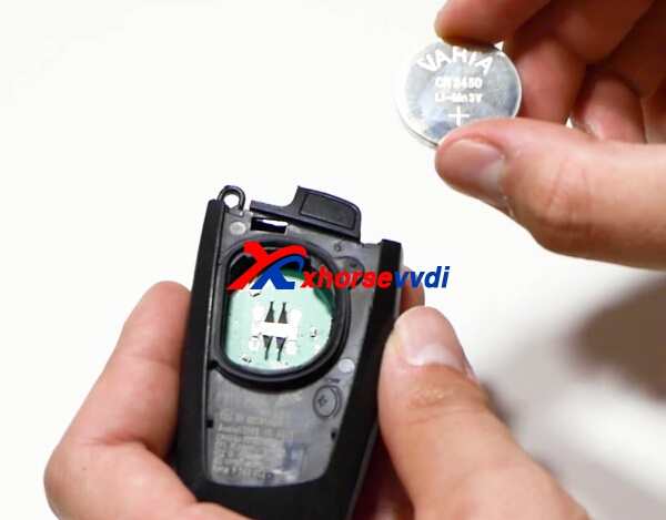 how-to-change-bmw-remote-key-battery-7
