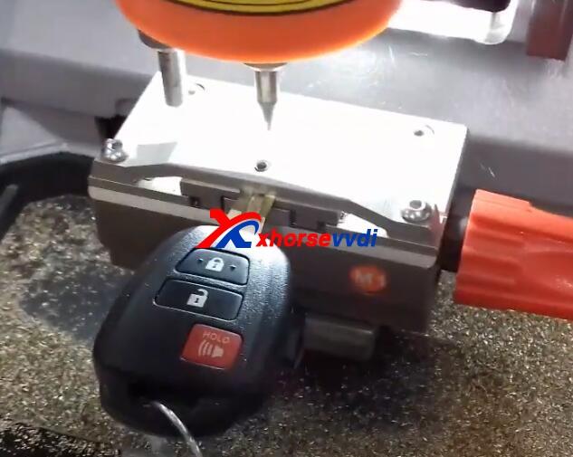 condor-mini-cut-toyota-key-2