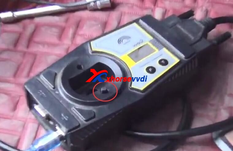 how-to-use-vvdi2-with-toyota-8a-adapter-to-program-new-key-14