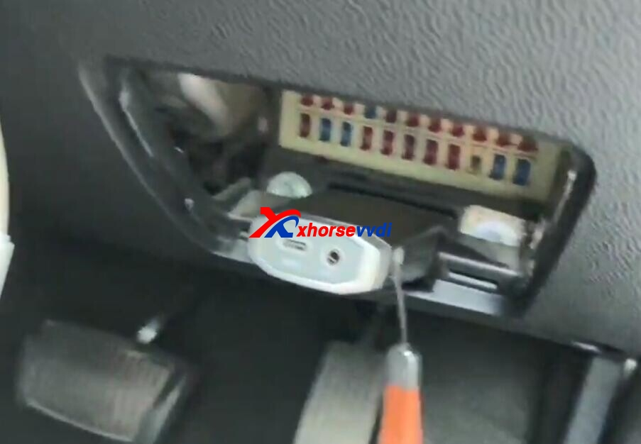 vvdi-key-tool-max-and-vvdi-mini-obd-tool-program-kia-picanto-remote-2