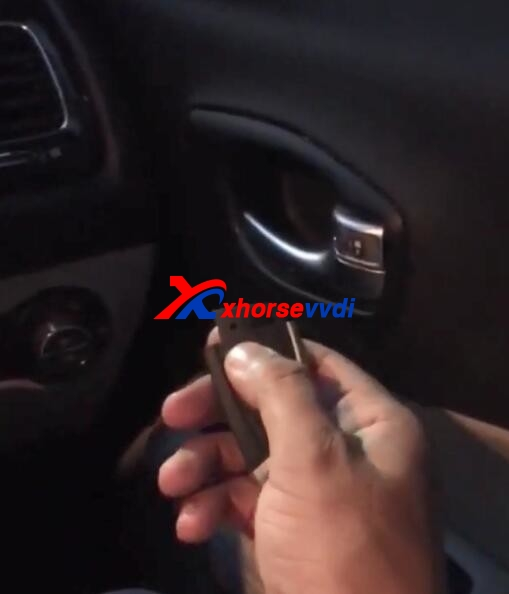 vvdi-max-and-vvdi-mini-obd-tool-program-jeep-compass-key-14