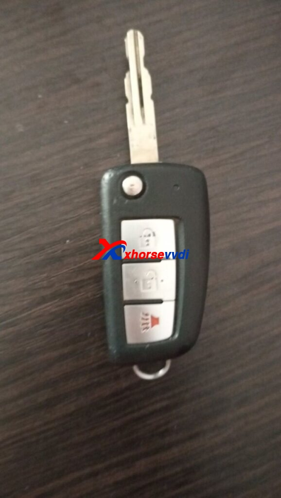 review-xhorse-smart-key-support-nissan-roug-2014-0-578x1024