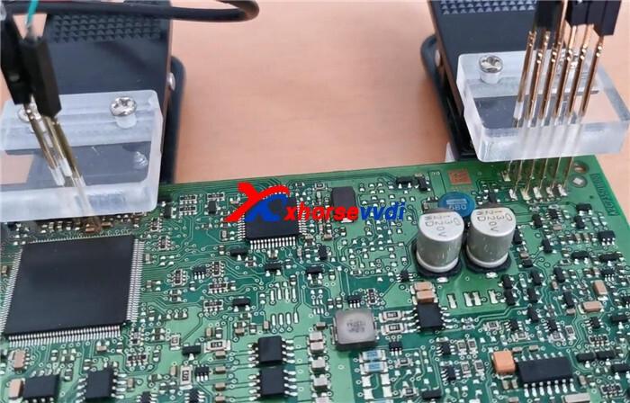 vvdi-prog-read-bmw-cas4-5m48h-with-cas4-adapter-1