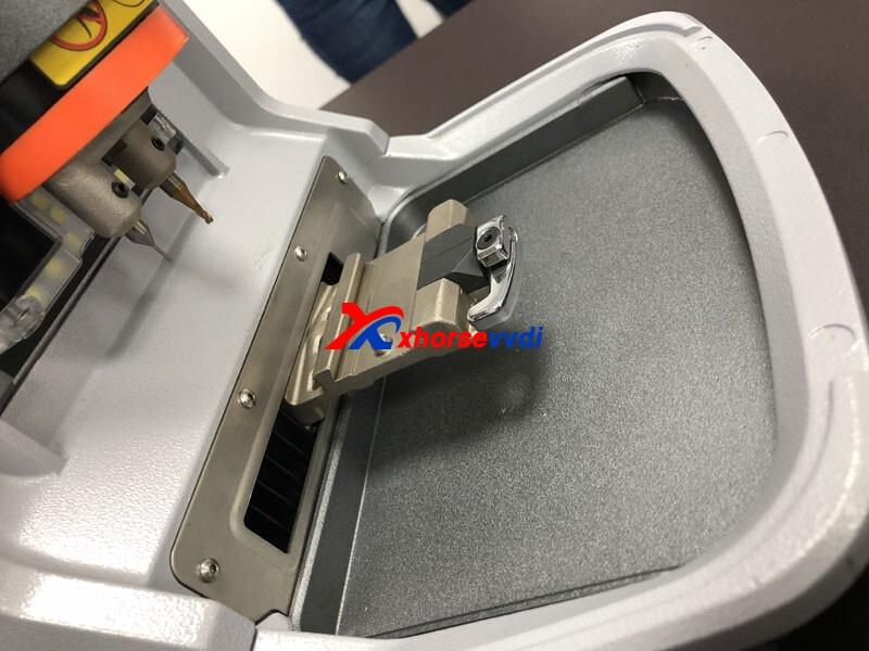 xhorse-condor-mini-plus-vs-dolphin-cutting-machine-05