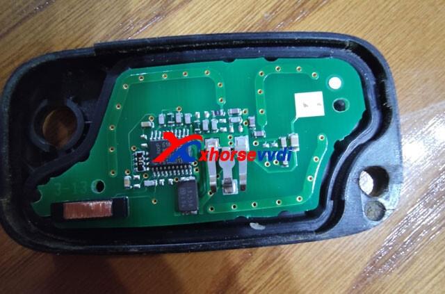 xhorse-generate-clio-3-2009-pcf7961-remote-01