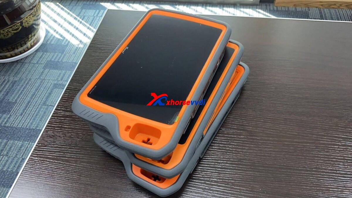 vvdi-key-tool-plus-orange-vs-red-version-01