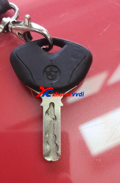 xhorse-condor-xc-mini-plus-cut-bmw-cycles-key1