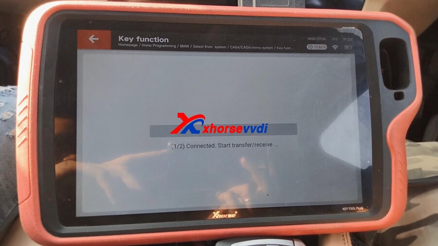 vvdi-key-tool-plus-program-bmw-520d-cas4-all-keys-lost-14