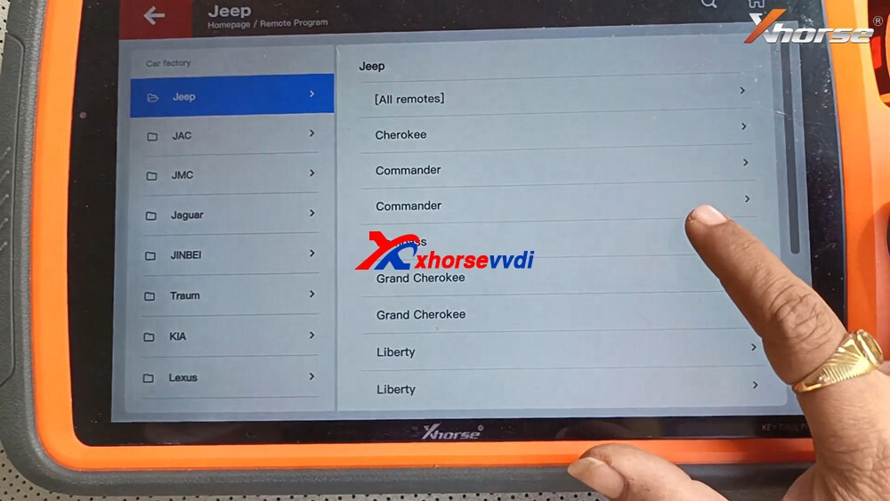 vvdi-key-tool-plus-program-jeep-compass-id4a-smart-key-04
