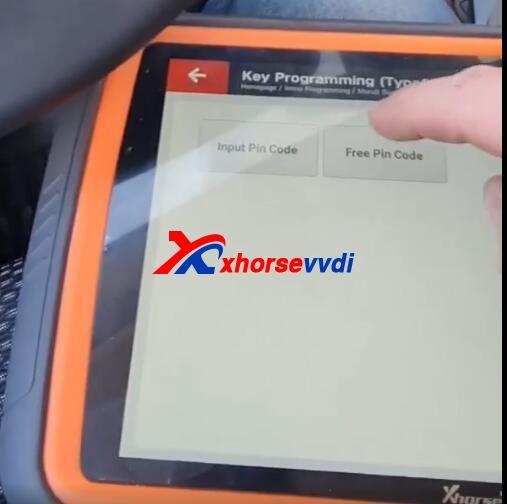 Review-VVDI-Key-Tool-Plus-2020-Suzuki-Vitara-Add-Key-8