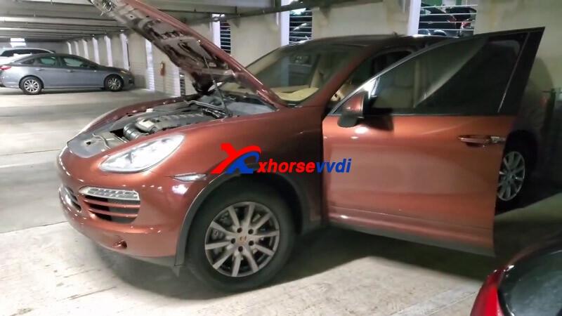 VVDI-Key-tool-plus-2011-Porsche-Cay-2