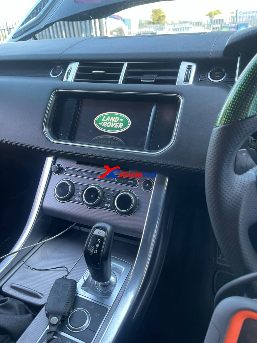 vvdi-key-tool-plus-range-rover-sports-2016-2017-add-key-03