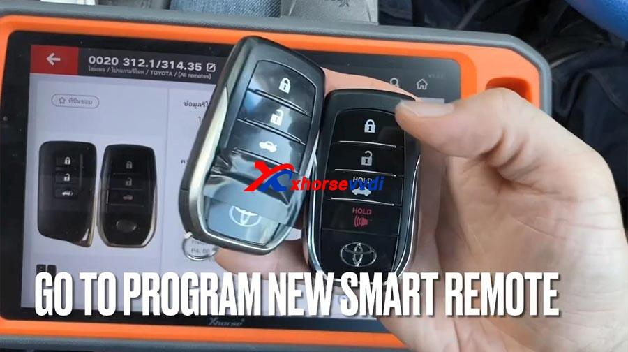 vvdi-key-tool-plus-toyota-camry-2015-program-new-smart-key-13