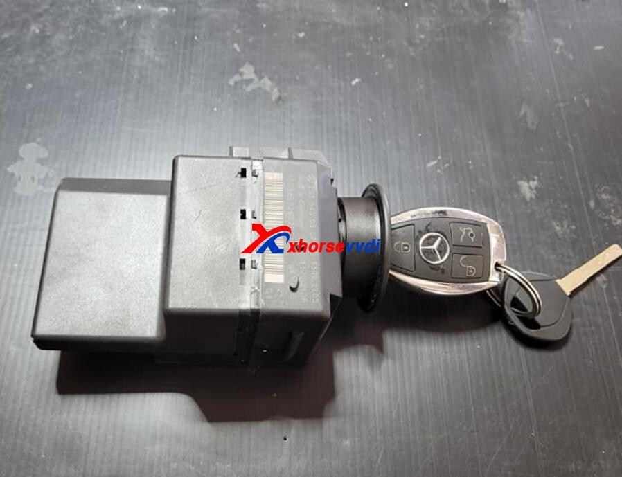 vvdi-mb-and-vvdi-prog-program-w203-with-ezs-adapter-1