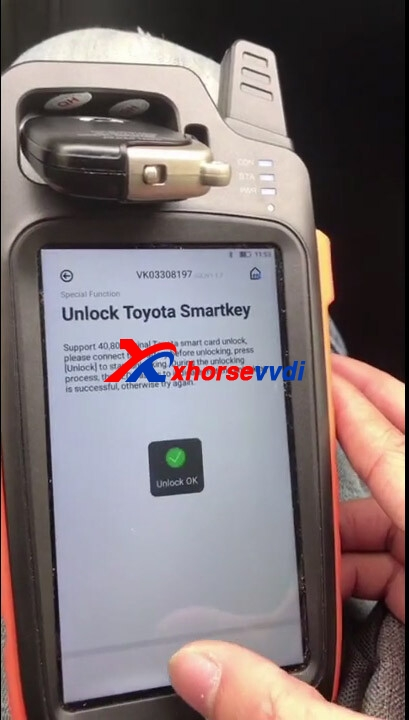 Lexus-570-Unlock-Smart-key-and-add-smart-key-with-Xhorse-vvditool-max-and-obdstar-x300-pro4-04